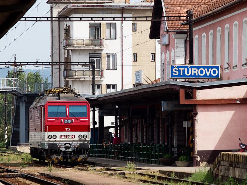 A 362 005-1 Párkányban (Štúrovo, Szlovákia) fotó