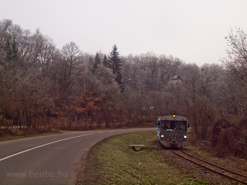 A Tóbi motorkocsi Morgó és Kismaros között fotó
