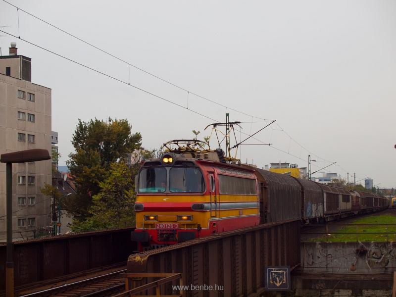 A ŽSSK Cargo 240 126-3 fotó