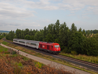 The ÖBB 2016 016 is hauling the Zagreb/Corvinus fast trains between Ágfalva and Sopron Ipartelepek