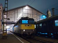 A V43 1083-as a Nyugati pályaudvaron