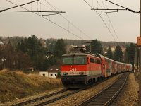 The ÖBB 1142 615 near Dürrwien