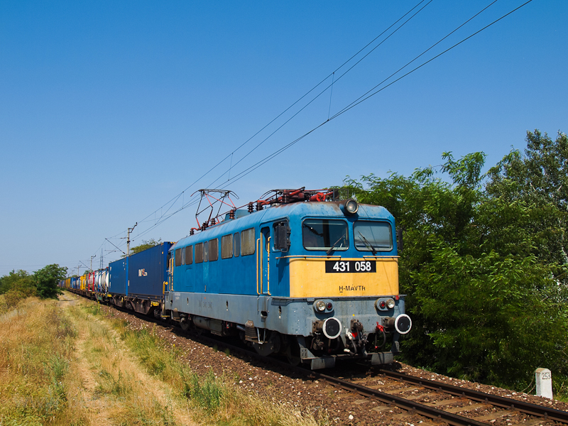 The 431 058 seen near Dunavarsány photo