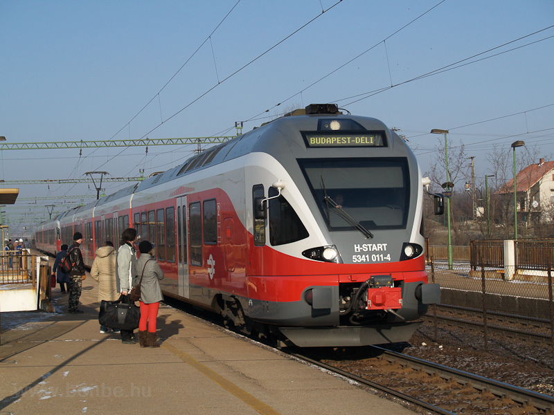 MÁV FLIRT number 5341 011-4 photo