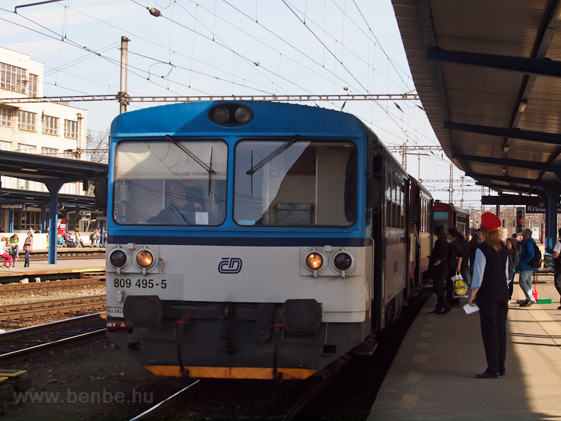 The ČD 809 495-5 at Kr photo
