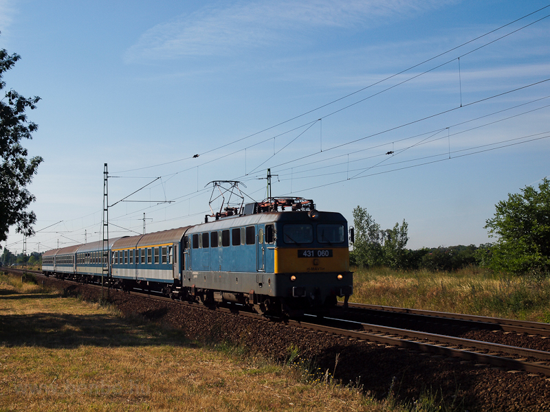 The MÁV-TR 431 060 seen at  photo