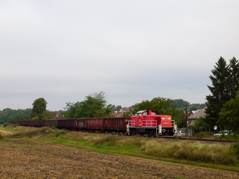The DB Schenker 0469 104-1  picture