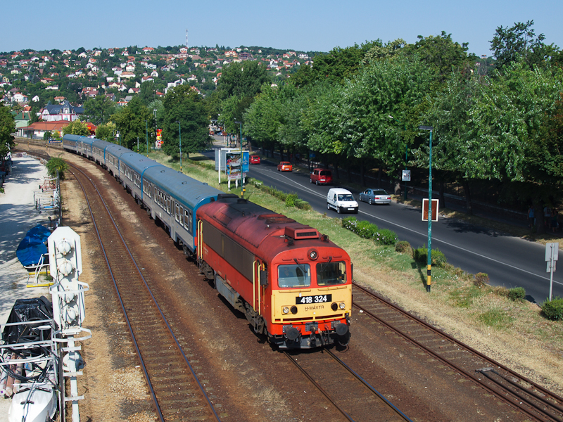 The 418 324 seen at Balaton photo