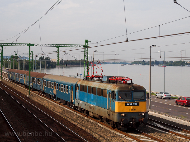 The 431 191 near Budafok photo