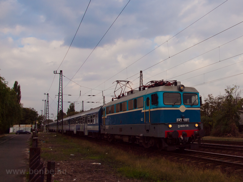 The V43 1001 seen at István photo
