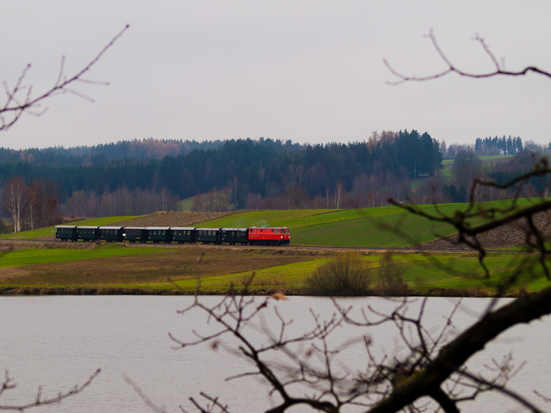 The NÖVOG V12 (ex ÖBB 2095. picture