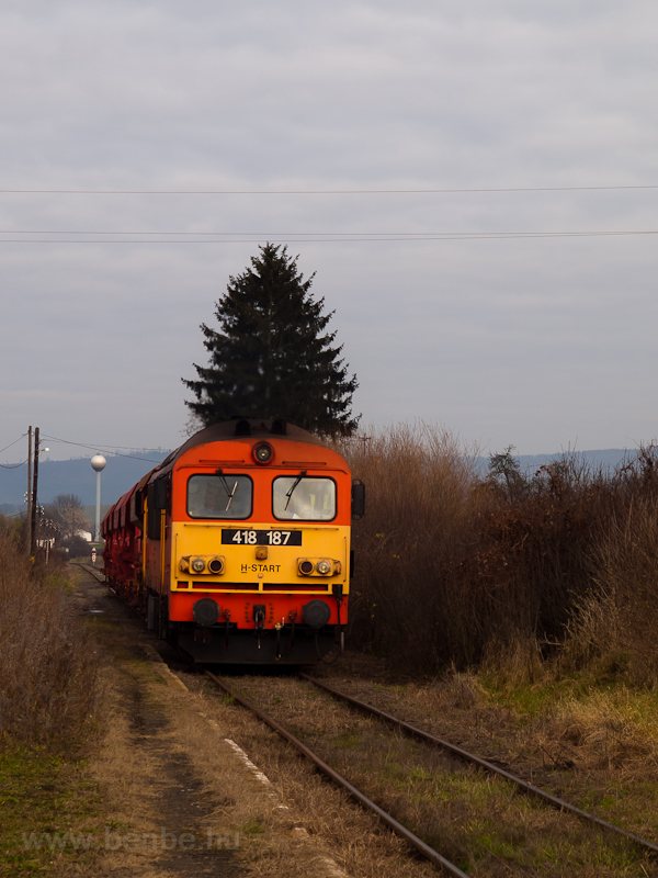 The 418 187 at Ludányhalász photo