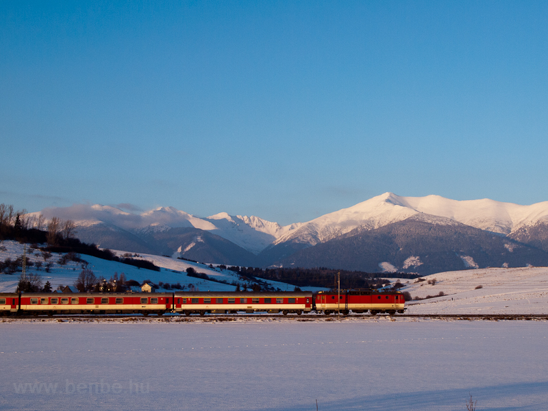 A fast train hauled by a &# picture