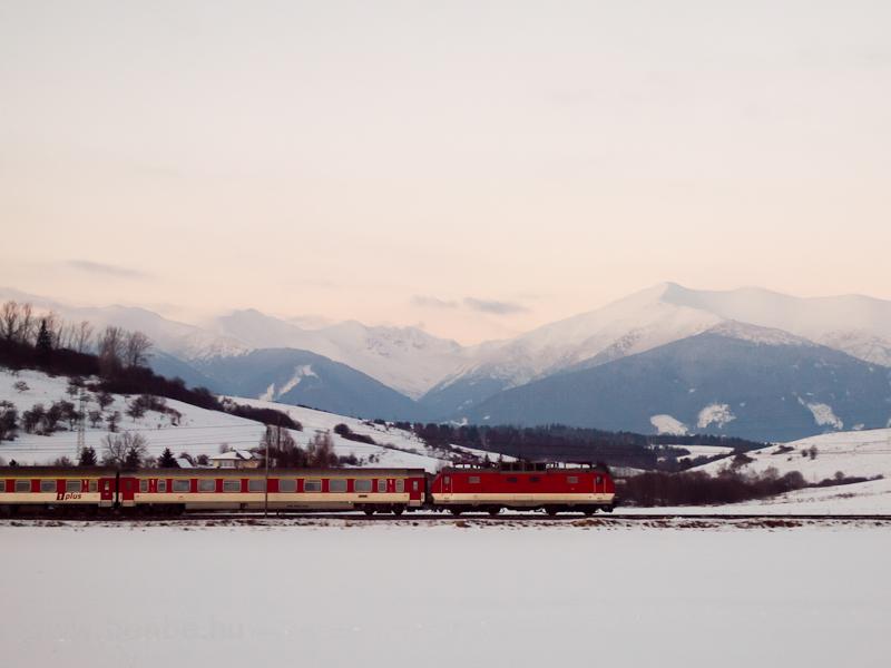 ZSSK Gorilla Ic-vonattal Li fotó