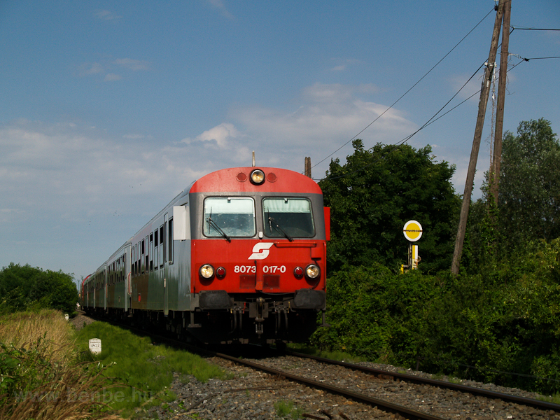 The ÖBB 8073 017-0 seen bet photo