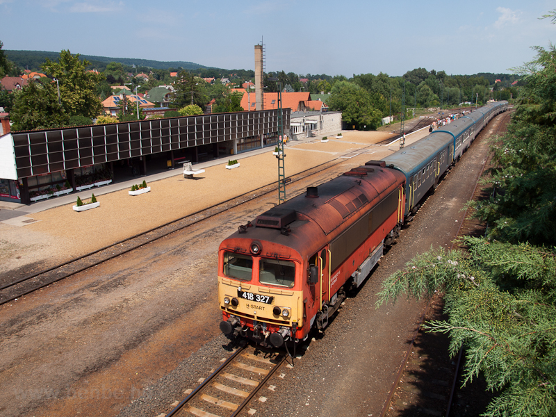 The 418 327 seen at Révfülö photo
