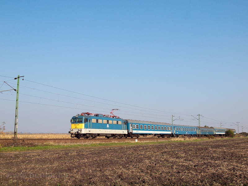 The V43 1296 near Hort-Csán photo