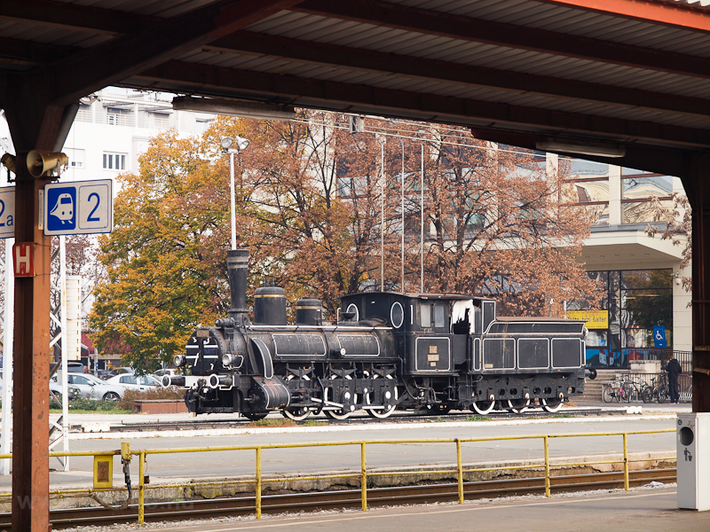 Steam locomotive on exhibit photo