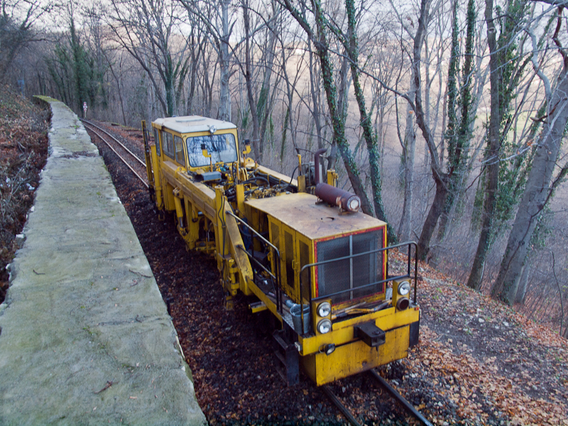 Track maintenance at the Ch photo