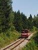 A ŽSSK 812 010-7 pályaszámú Bzmot-szerű motorkocsija Vereskő (Červená Skala, Szlovákia) és Nándorvölgy (Valkovna, Szovákia) között