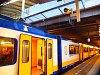 Utrecht Centraal állomáson is a peronra folyik az esővíz, igaz, itt szándékosan