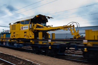 Track maintenance train