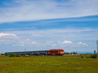 A MÁV-TR 418 174-es Csörgő a Hortobágyon Kétútköz megállóhely és Poroszló állomás között