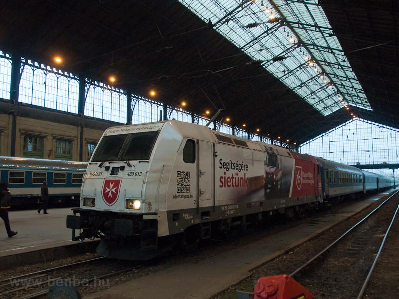 The 480 013 TRAXX seen at B photo
