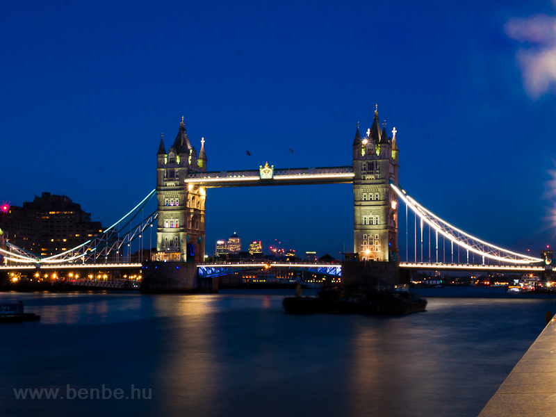 Tower Bridge in the blue ho picture
