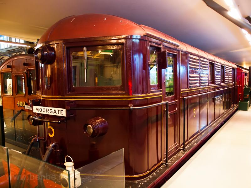 A Metropolitan Line Kandó-r fotó