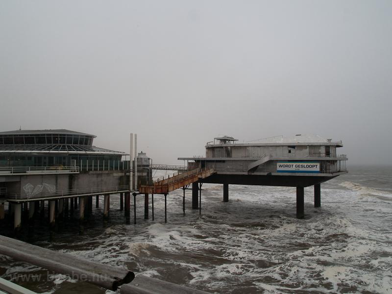 The pier a Scheveningen photo