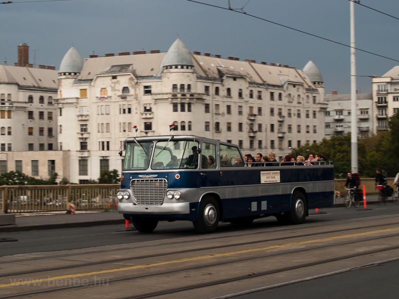 Kabrio Ikarus 630 nosztalgi fotó
