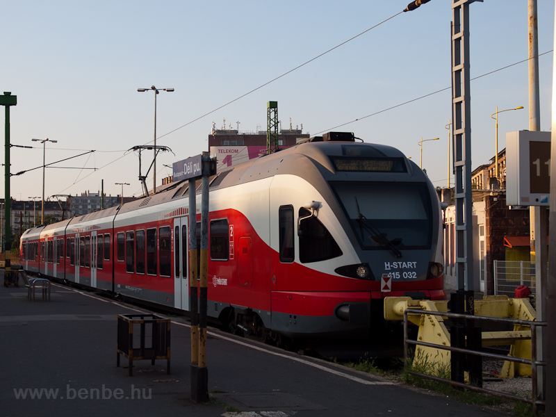 The 415 032 at Budapest-Dél photo