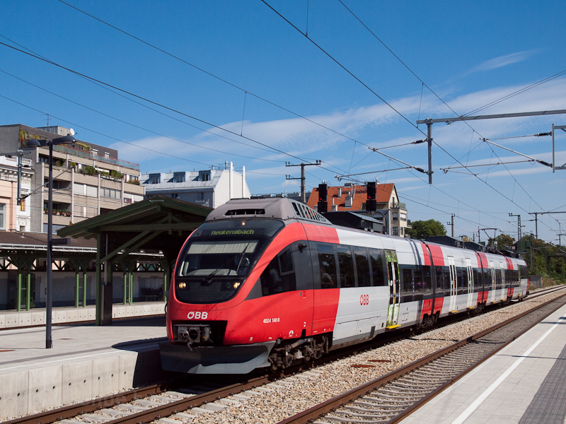 The ÖBB 4024 140-8 seen at  photo