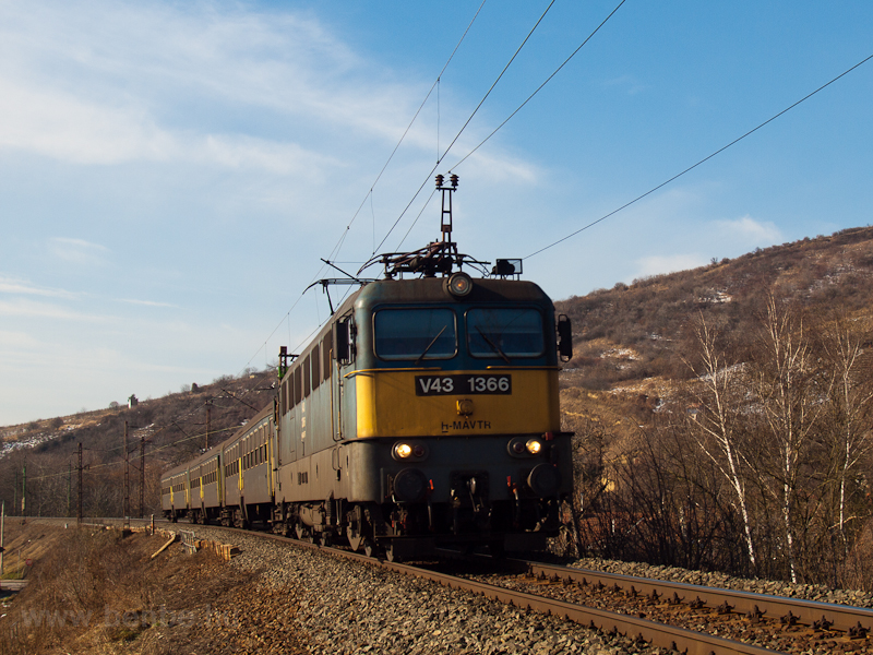 The V43 1366 at Tokaj photo