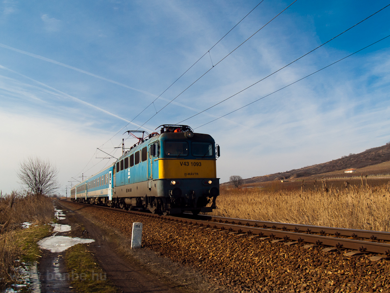 The V43 1093 seen at Tokaj photo