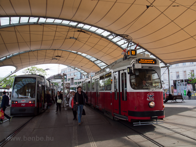 E2 tram at Wien Burggasse/S picture