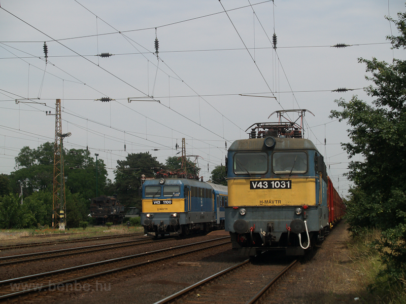 The V43 1031 and the V43 11 photo