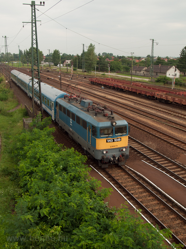 V43 1048 at Nyékládháza photo