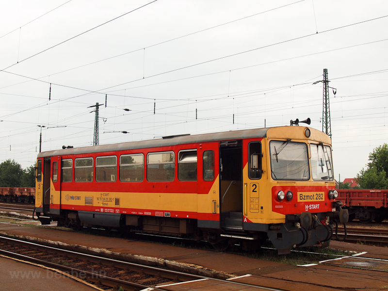 The Bzmot 282 at  Nyékládhá photo