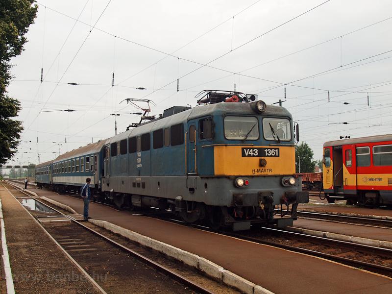V43 1361 at Nyékládháza photo