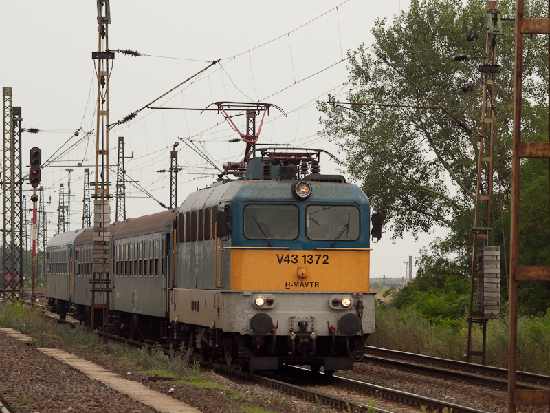 The V43 1372 at Mezőke photo