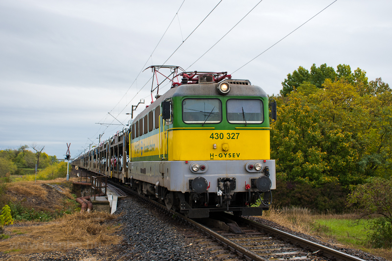 The GySEV 430 327 seen betw photo