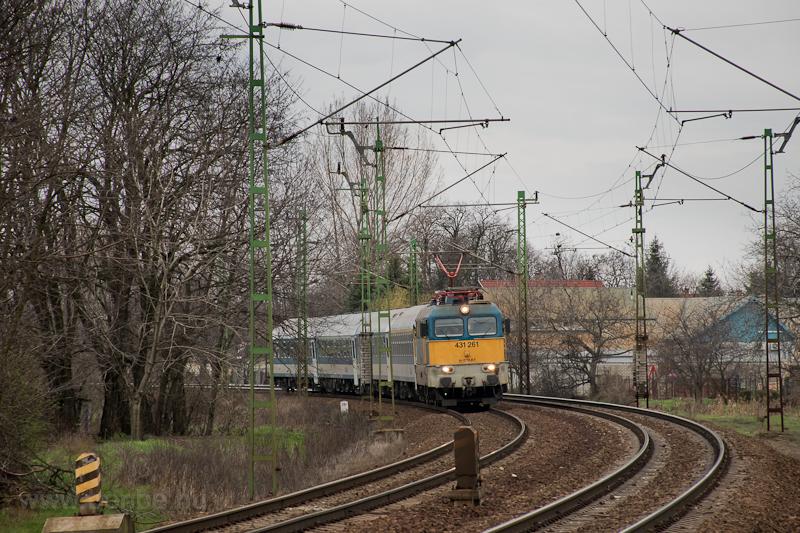 The 461 261 at Üllő photo