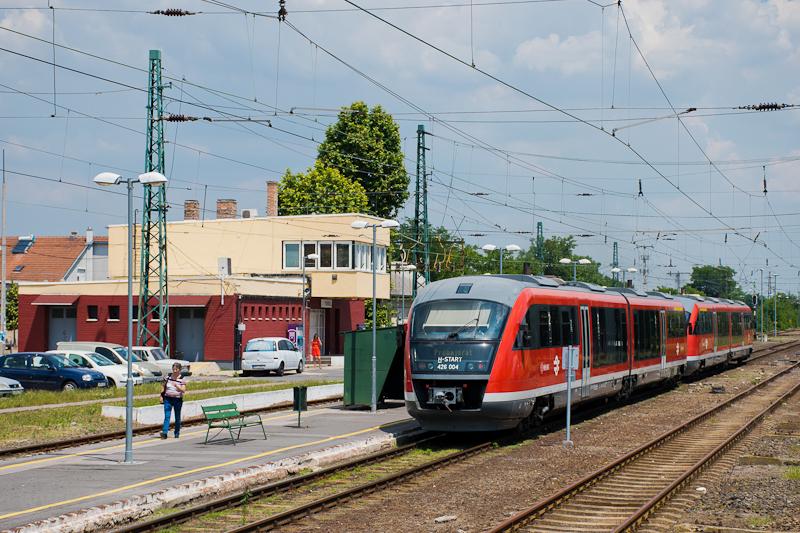 426 004 at Tököl picture