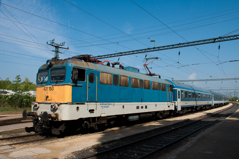 The 431 150 at Százhalombat picture
