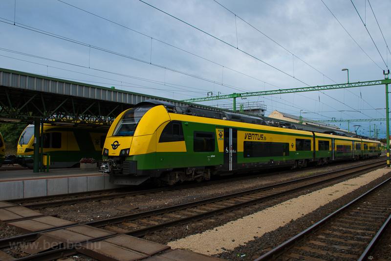 GYSEV Ventus (Siemens Desiro MainLine) Sopronban, mellett egy GYSEV FLIRT1  fotó
