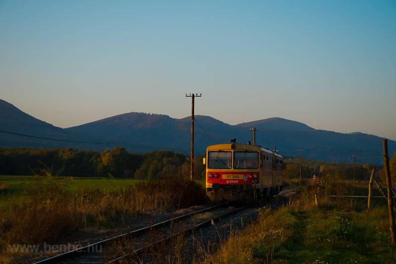 A 117 243 Nógrádnál  fotó