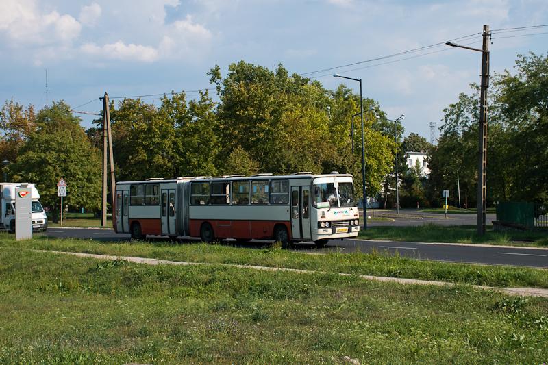 Vértes Volán Ikarus Ik280 Szőnynél  fotó