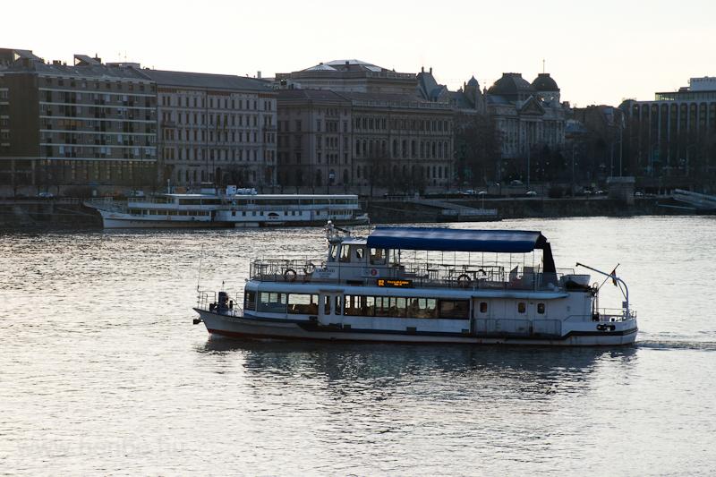 D2 BKV hajójárat  fotó